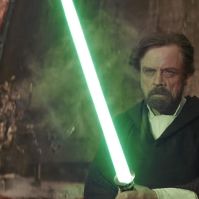 Luke-Skywalker-Green-Saber